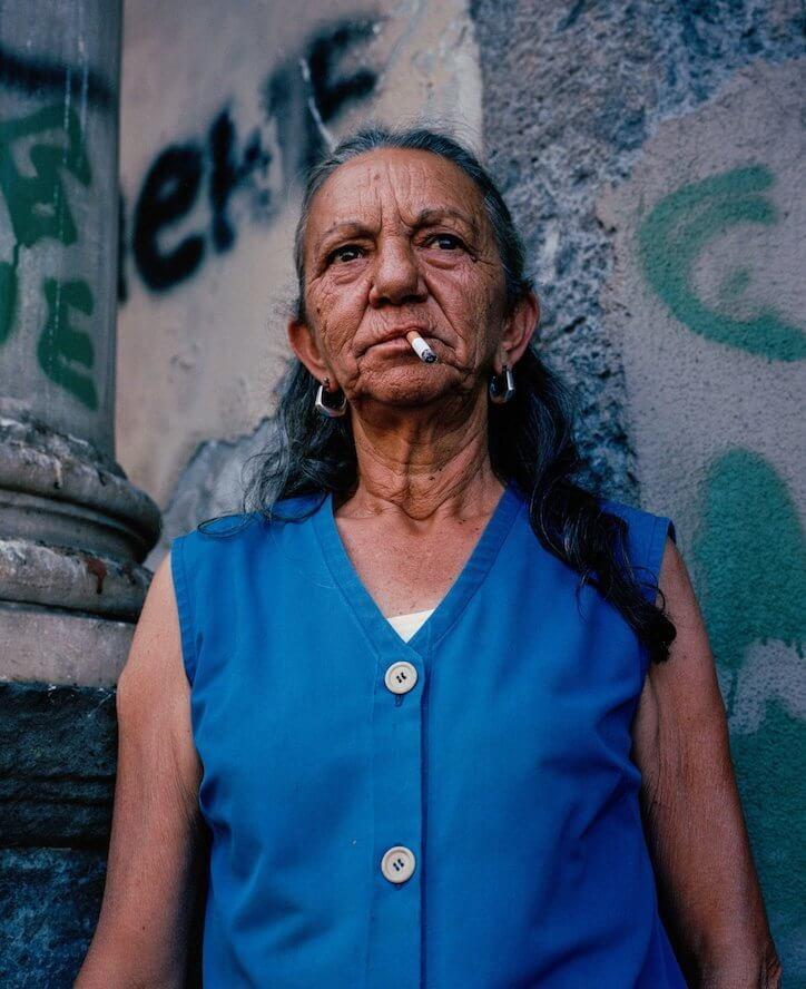 Sam Gregg: El verdadero rostro de Nápoles en retratos curtidos por el sol y el tiempo