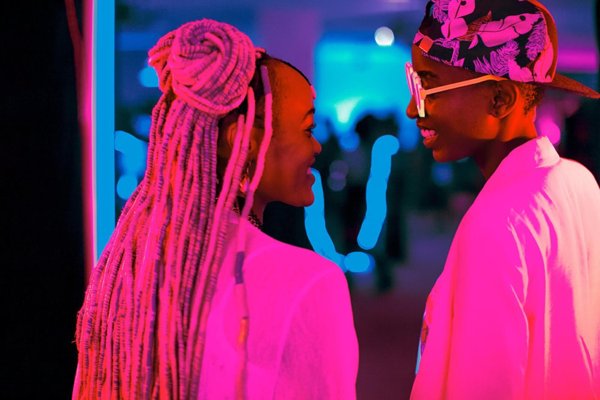 """""""Rafiki"""": Kenia hace historia en Cannes con un filme LGBT+ sobre amor y prejuicios"""