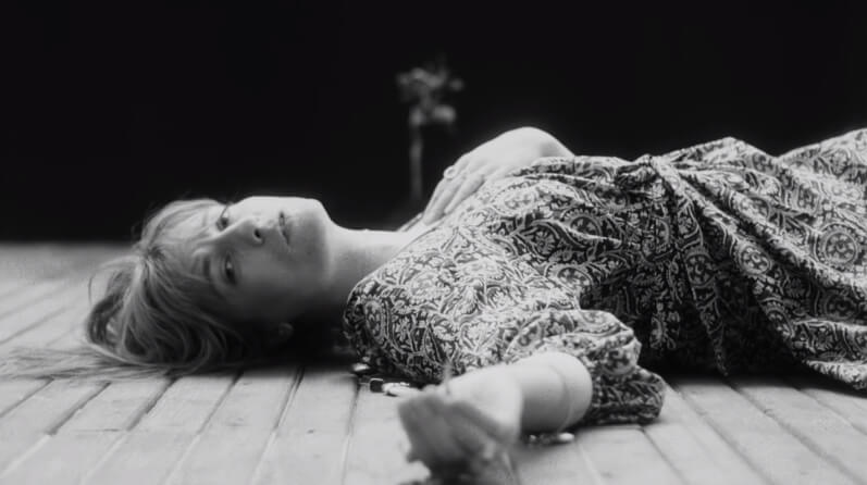 "Paren todo, que Florence + The Machine tienen nuevo single y video: ""Sky Full of Song"""