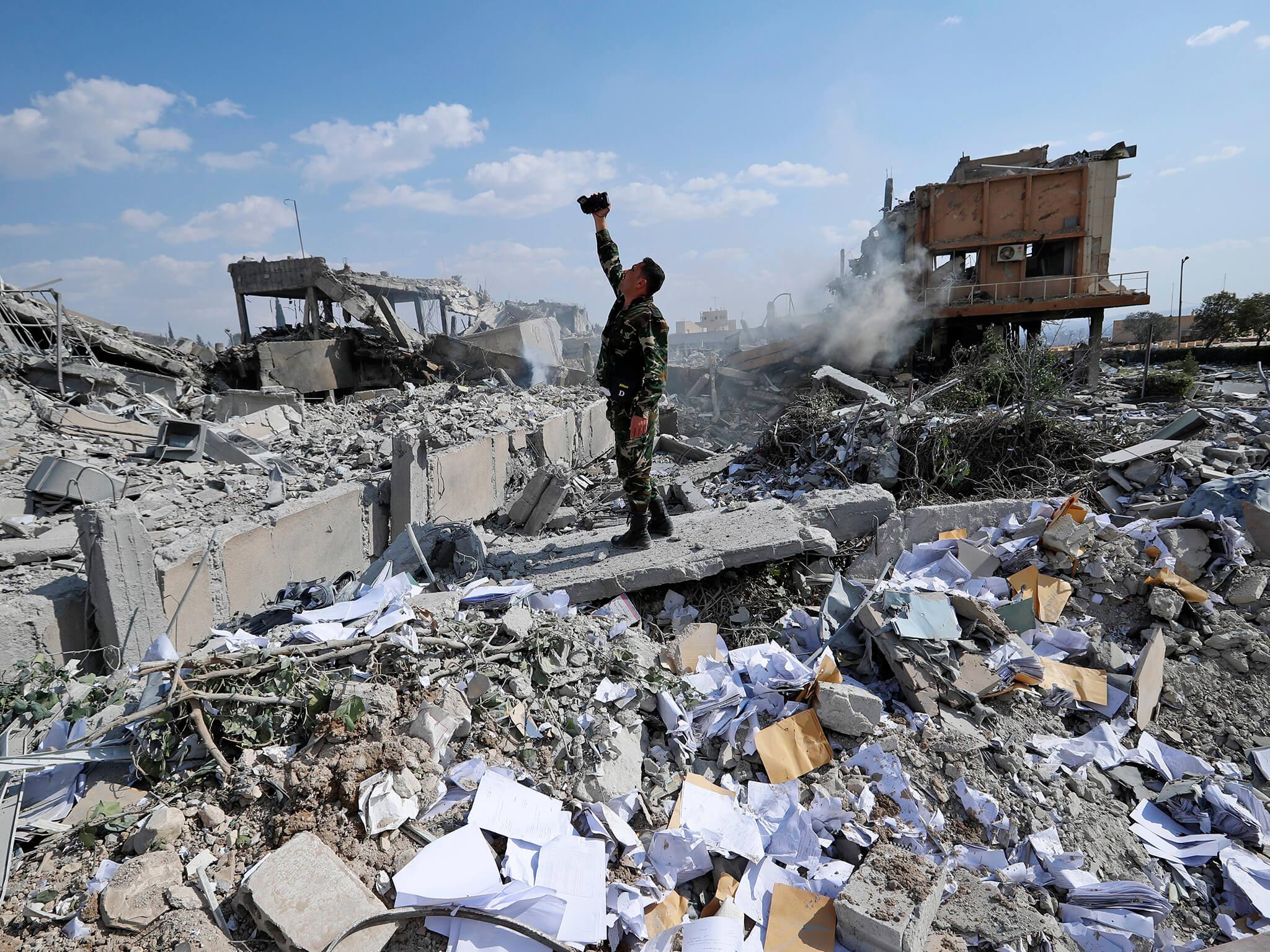 Todo lo que necesitas saber sobre el ataque aéreo en Siria