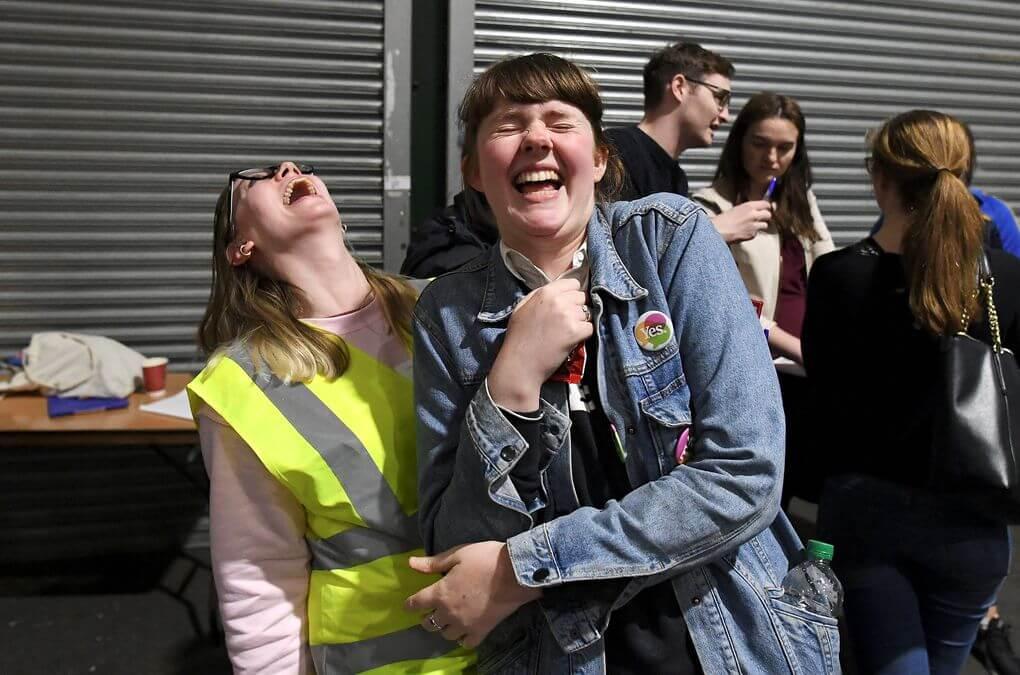 Irlanda hace historia: 66% del país aprobó la legalización del aborto después de 35 años