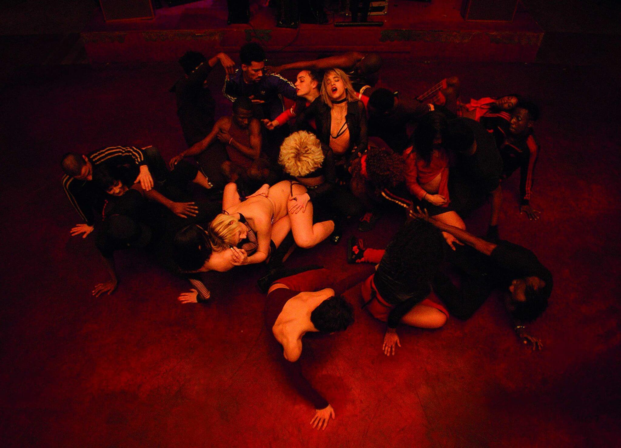 """""""CLIMAX"""": Gaspar Noé regresa con una orgía dance de LSD, sangre y paranoia"""