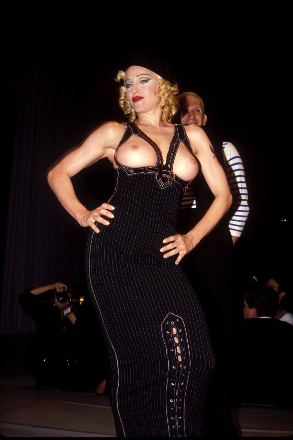 Madonna en el desfile de Jean Paul Gaultier en 1993. Fotografía: Getty Images