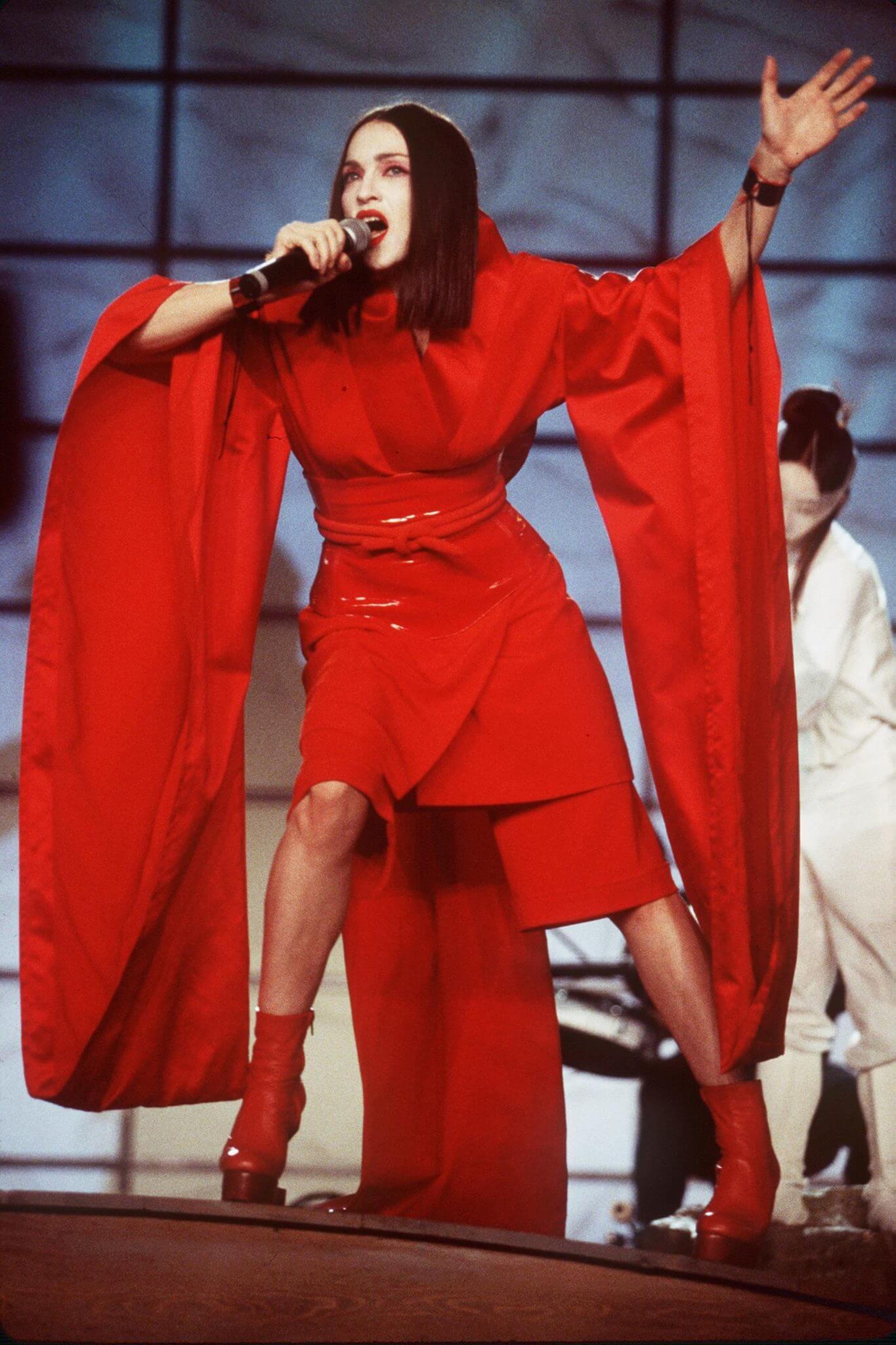 Madonna durante su performance en los Grammys de 1999. Fotografía: Getty Images