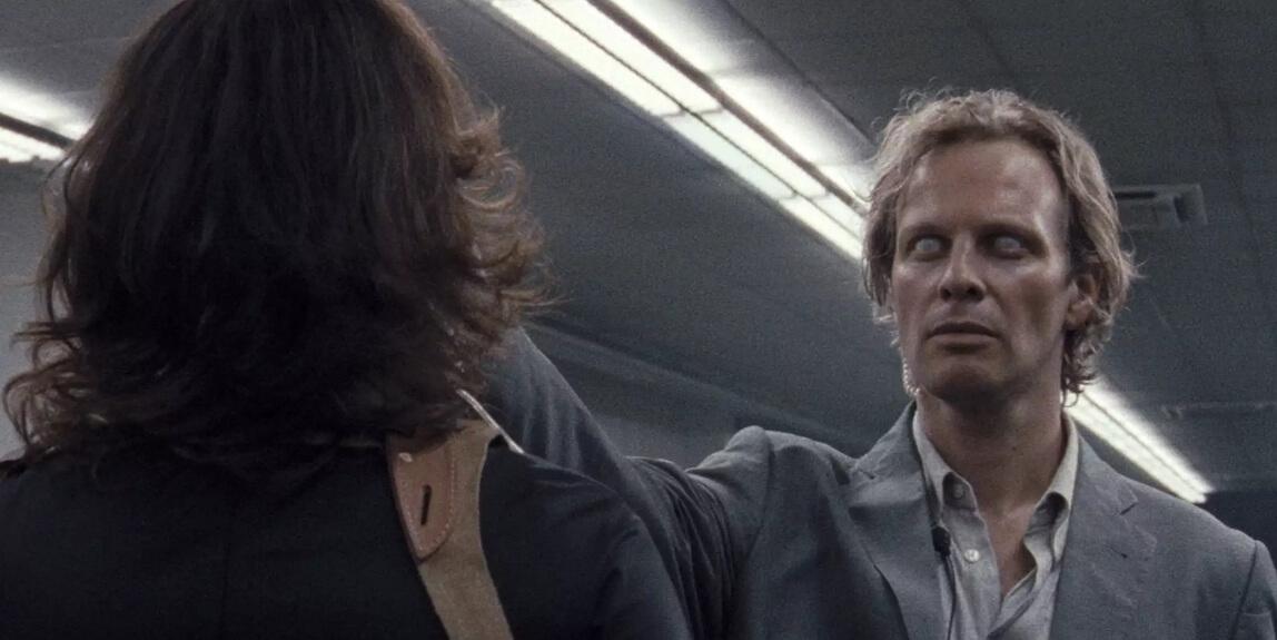 """El thriller hipnótico alemán """"Luz"""" filmado en 16mm llega con un primer trailer lleno de horrores"""
