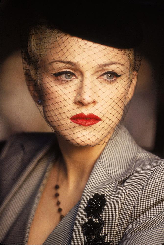 """Madonna en el video """"Take A Bow"""""""