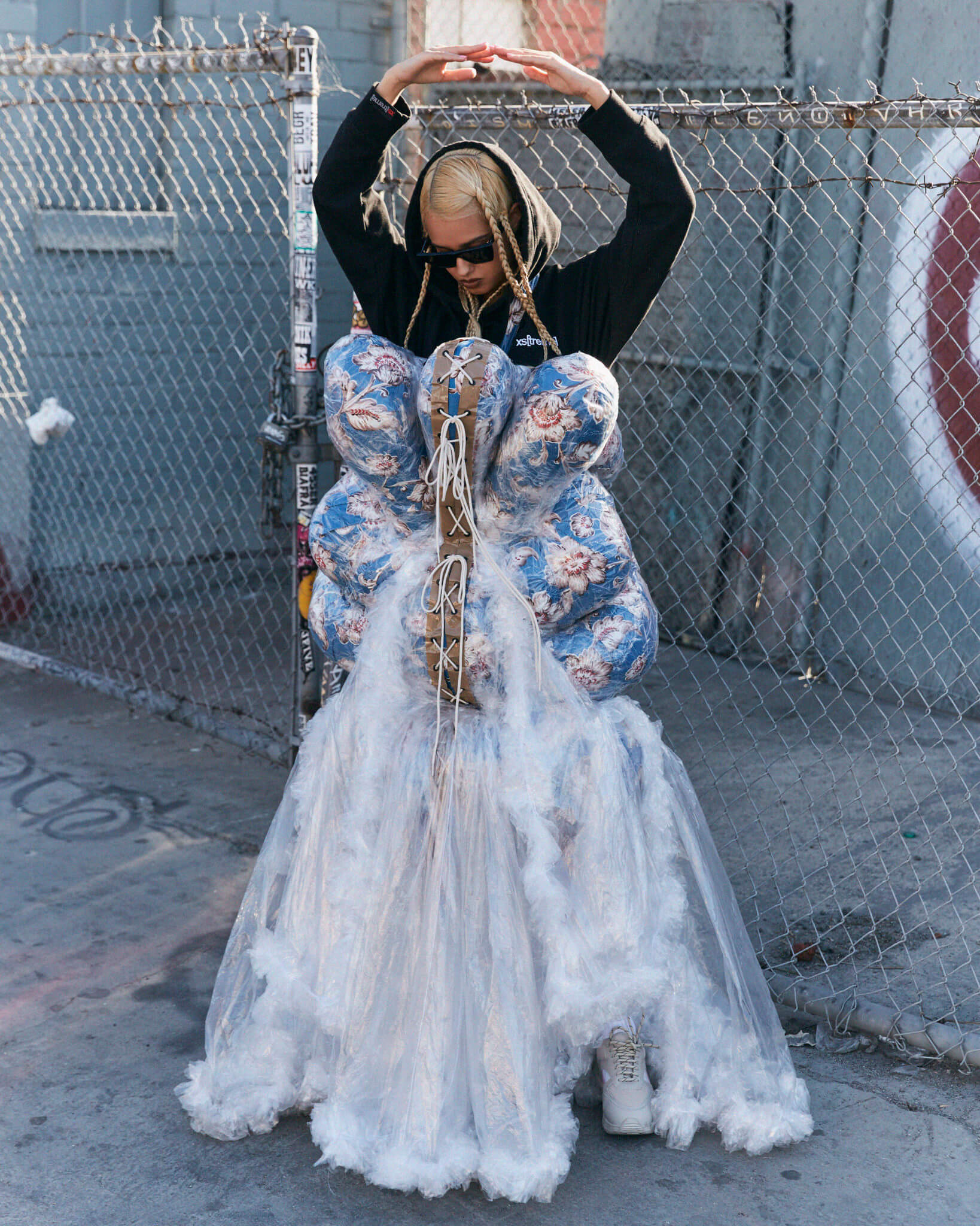 Hoodie: XStreme, Dress: Marry Me Jimmy Paul, Sunglasses: Céline