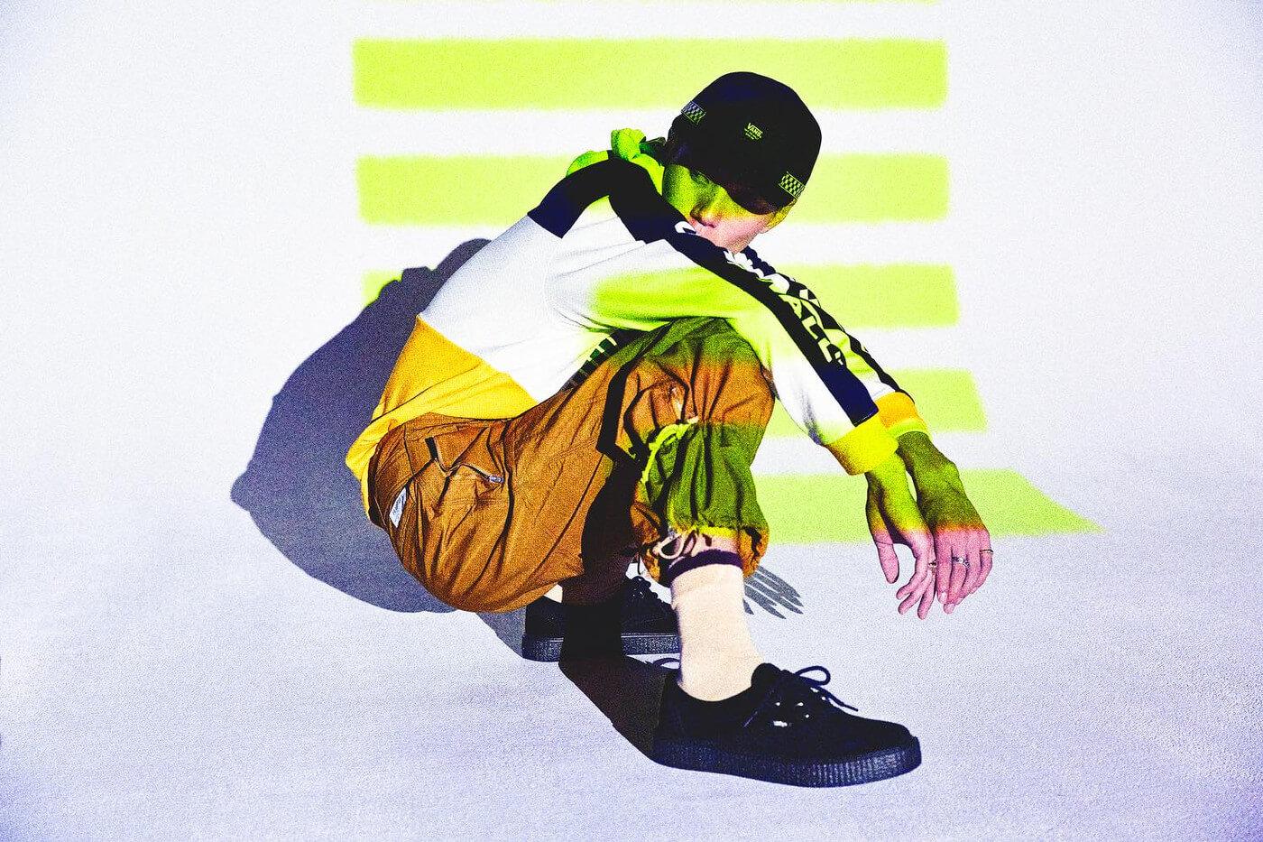 Vans hace un throwback a los 90 con una colección que combina skate, neón y street style
