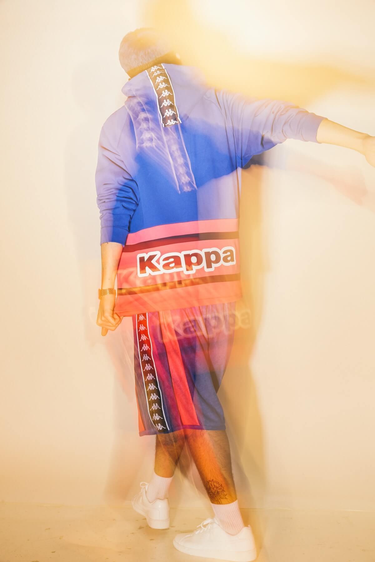 Hoodie and sports shorts Kappa, trainers Nike