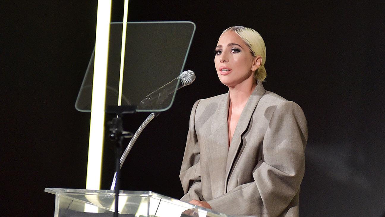 Las 7 frases más poderosas de este discurso de Lady Gaga sobre abuso sexual, trauma y salud mental