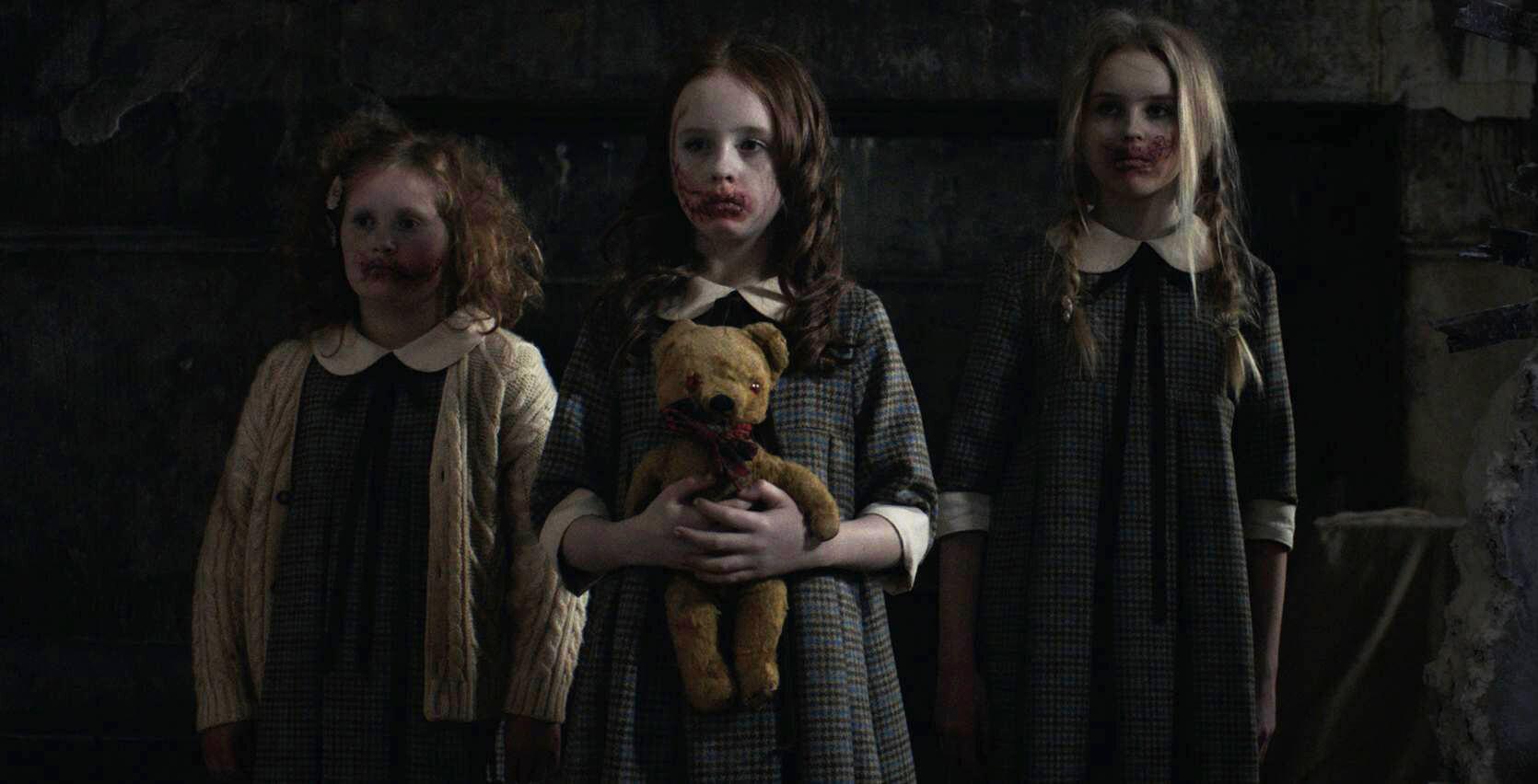 """""""Malevolent"""" es la aterradora nueva película de Netflix inspirada en """"The Conjuring"""" con Florence Pugh"""