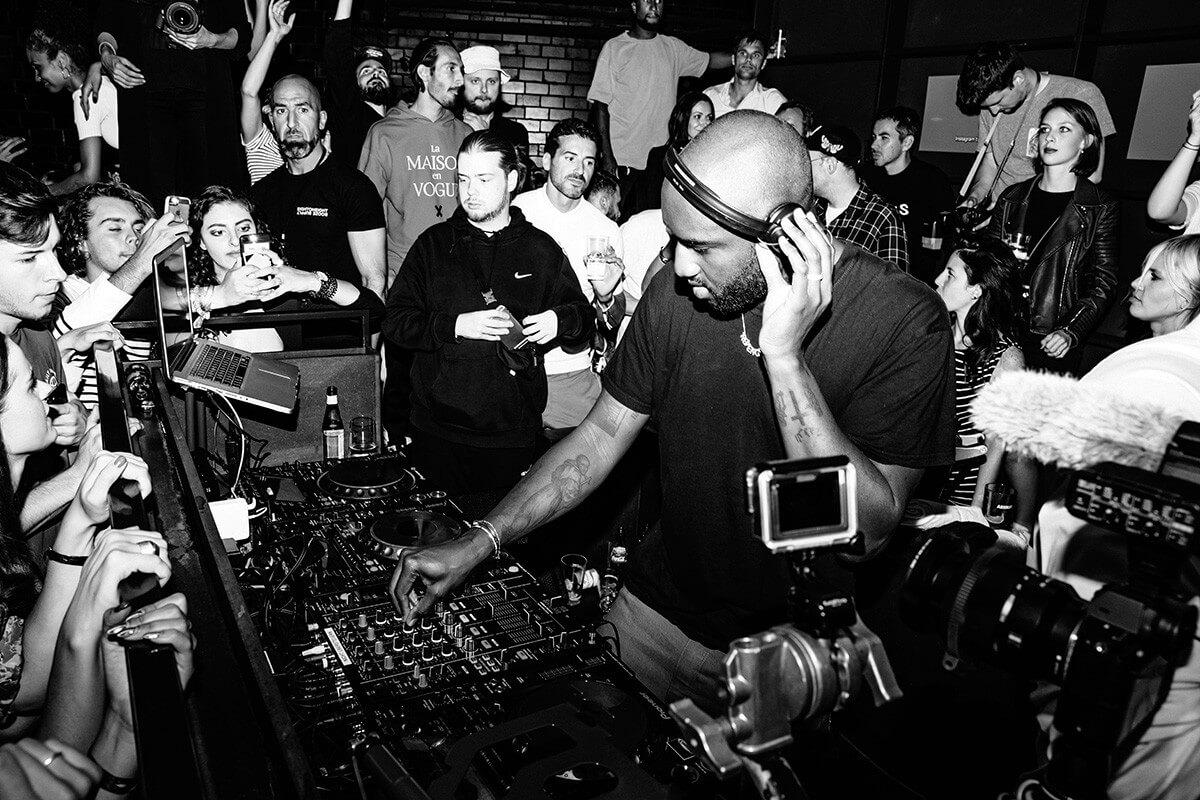 5 secretos que han hecho del diseñador Virgil Abloh un DJ activo por 20 años