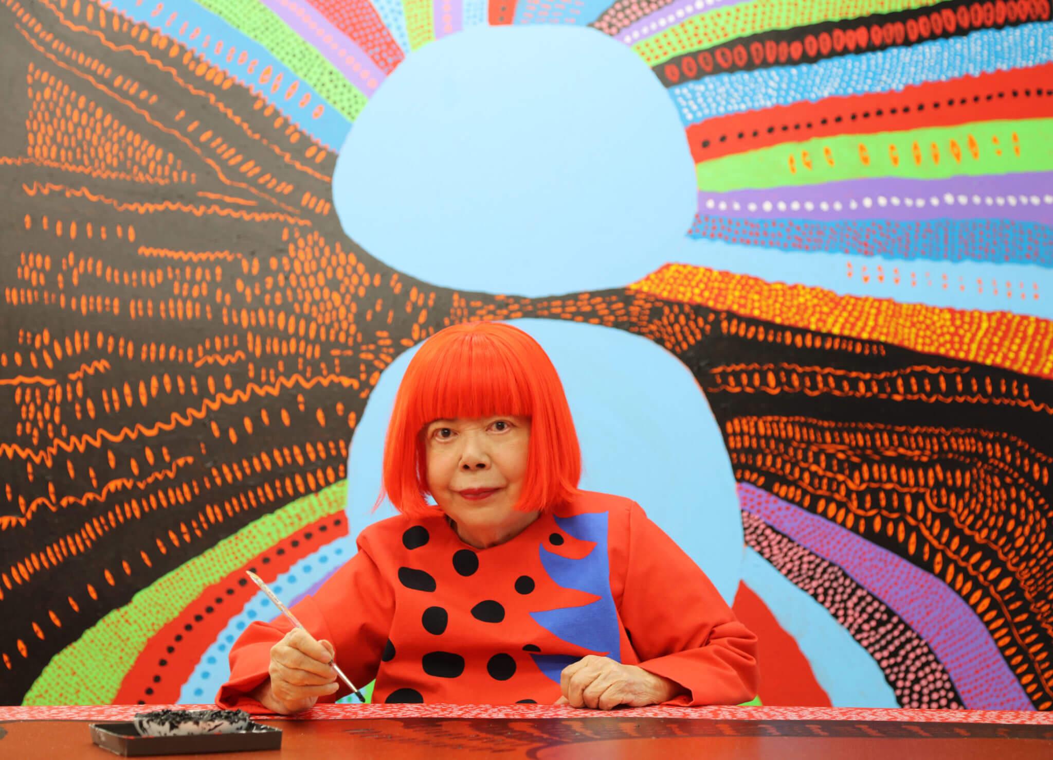 Yayoi Kusama nos da 5 lecciones sobre la vida, el arte y la salud mental