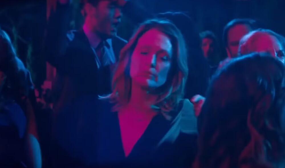 """Sebastián Lelio reinventa a """"Gloria"""" con Julianne Moore en el trailer de """"Gloria Bell"""""""