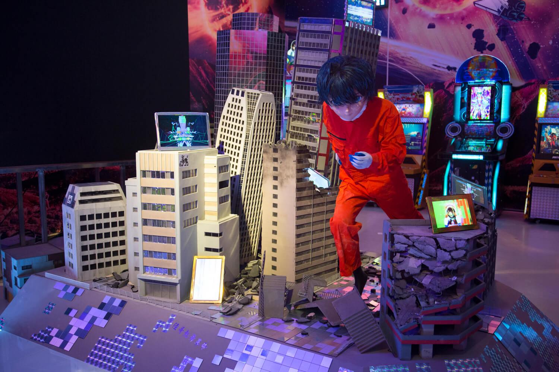 "Lu Yang, ""Material World Knight"". Imagen: Shanghai Biennale"