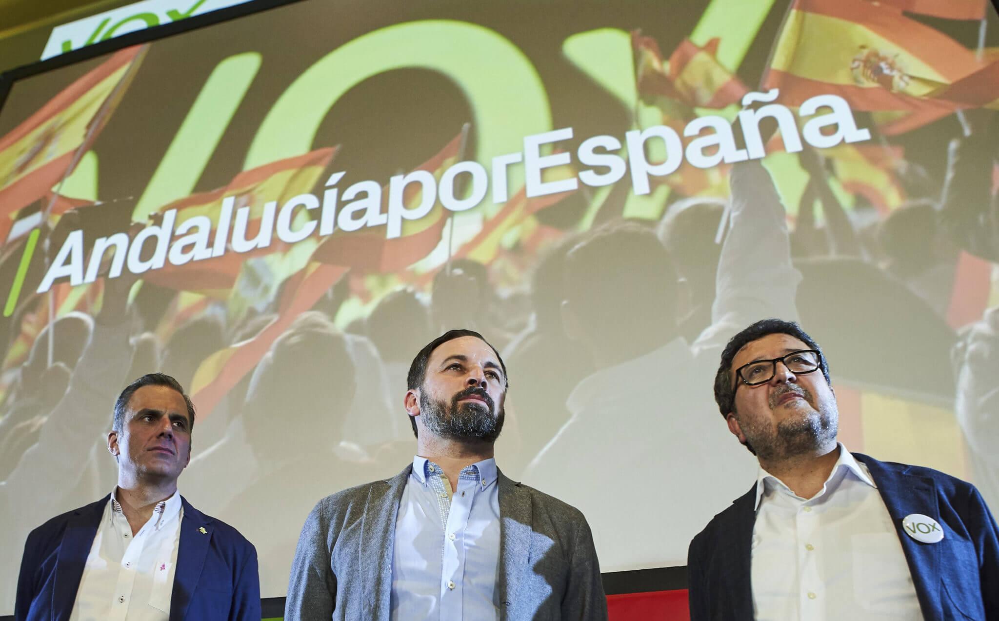 La extrema derecha se afianza en España con Vox, el partido que cuenta con el apoyo del KKK