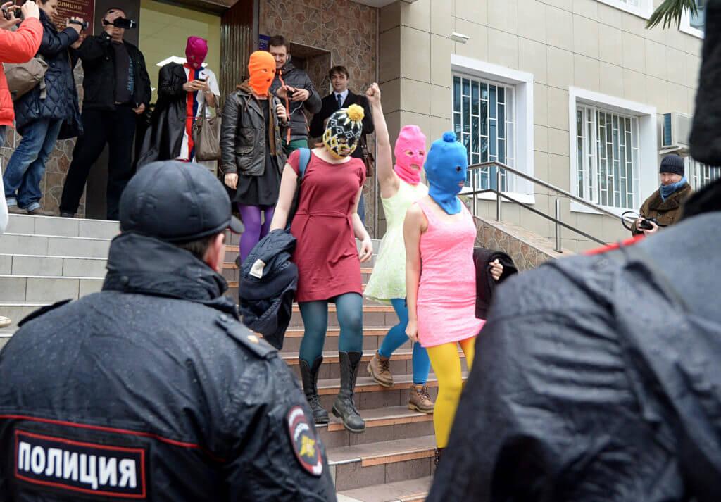 Rusia deberá pagarle a Pussy Riot 55.000 dólares por la violación de sus Derechos Humanos