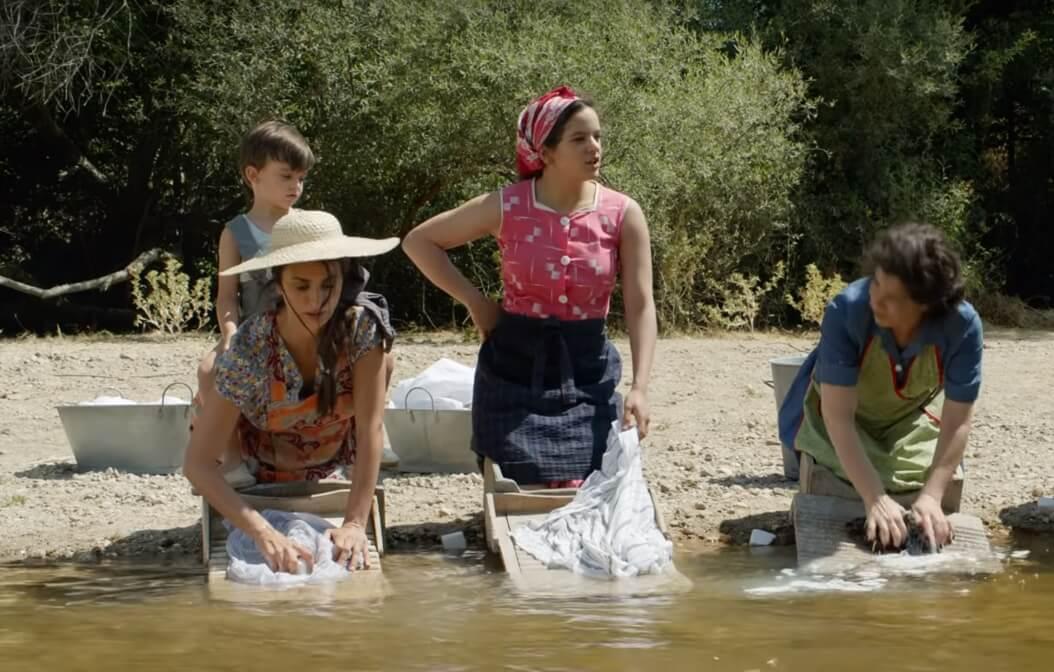 """""""Dolor y Gloria"""": Rosalía y Penélope Cruz cantan juntas en la nueva película de Almodóvar"""