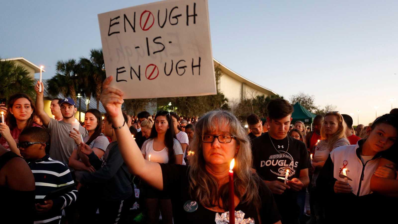 Dos sobrevivientes de la secundaria de Parkland se suicidan a un año de la masacre en su escuela