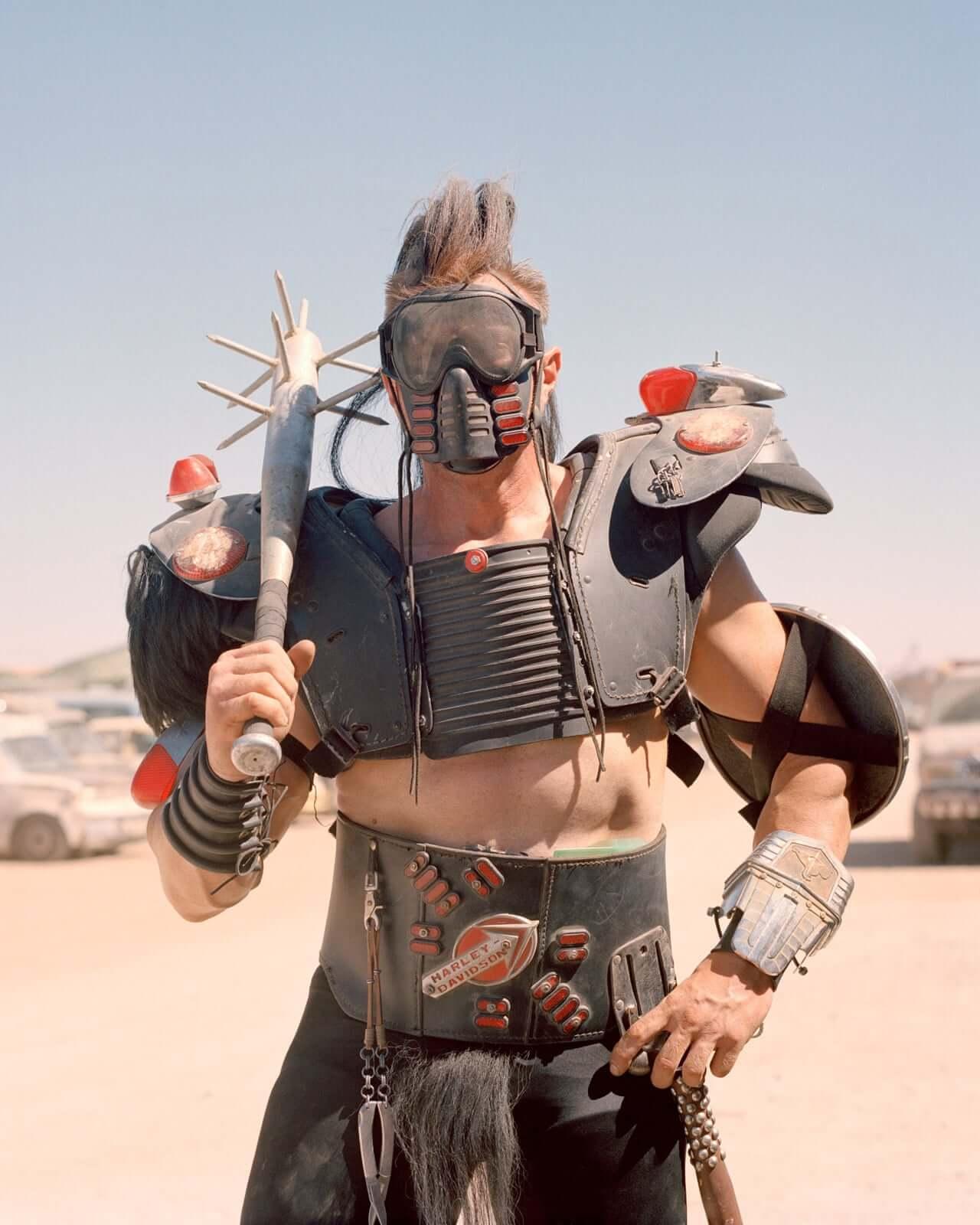 """Así se vive en California la fantasía post-apocalíptica inspirada en """"Mad Max"""" de 4000 guerreros del camino"""