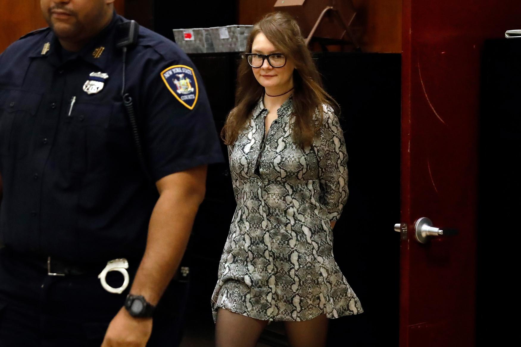 Anna Delvey, la estafadora que se hacía pasar por heredera y socialite, fue declarada culpable
