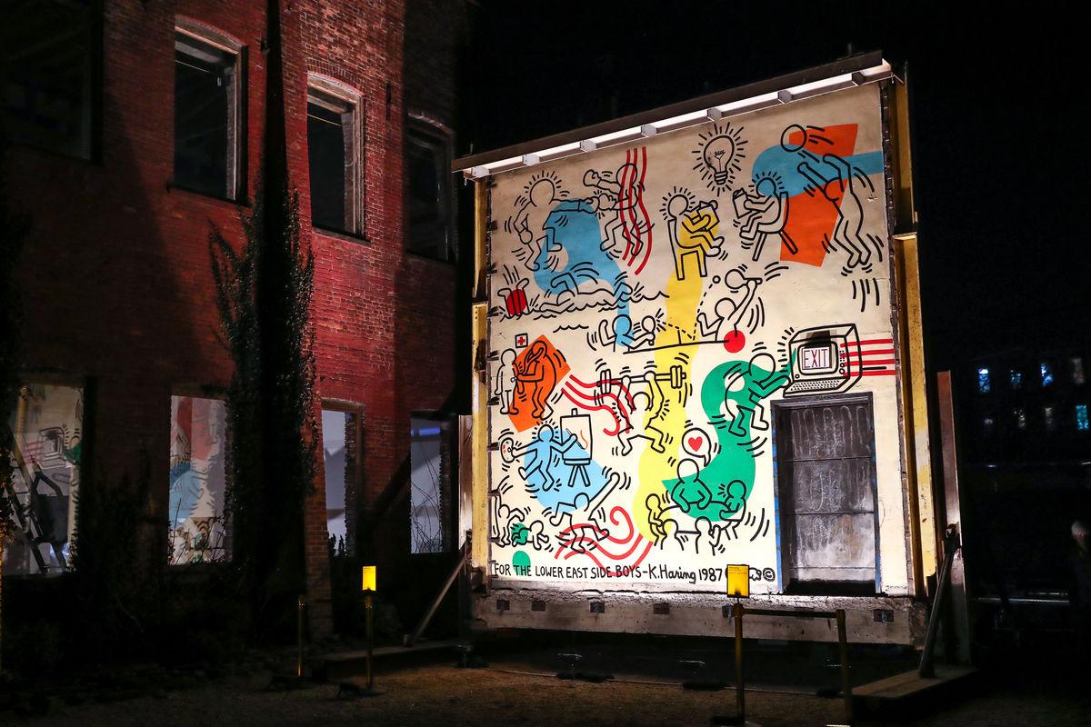 """""""Boys' Club Mural"""" de Keith Haring. Imagen: Neil Rasmus/BFA.com"""