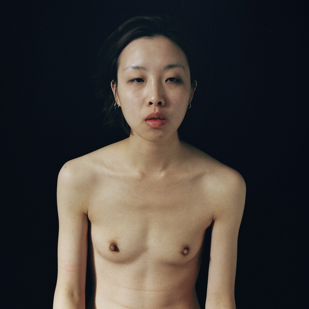 """Terms & Conditions"": La exhibición fotográfica que desafía la censura en redes sociales con #FreeTheNipple"