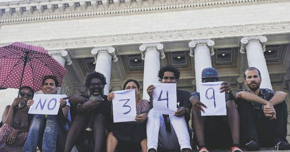 Artistas cubanos crean una Bienal alternativa en protesta a un decreto gubernamental