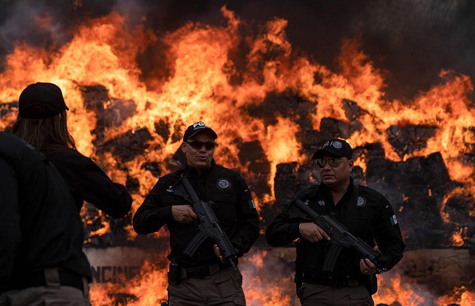 Parte de la incineración de las 26 toneladas de drogas. Fotografía: AFP/Reuters