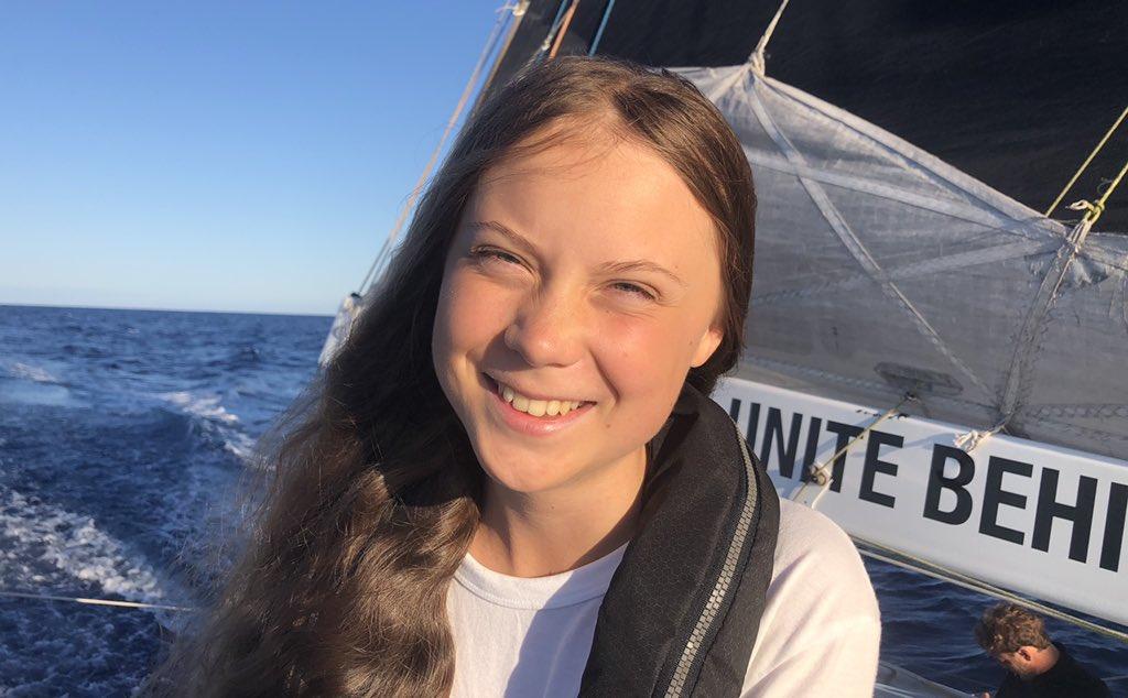 """Greta Thunberg responde a los adultos que la critican: """"eligen pasar su tiempo burlándose de niños… podrían hacer algo bueno en su lugar"""""""