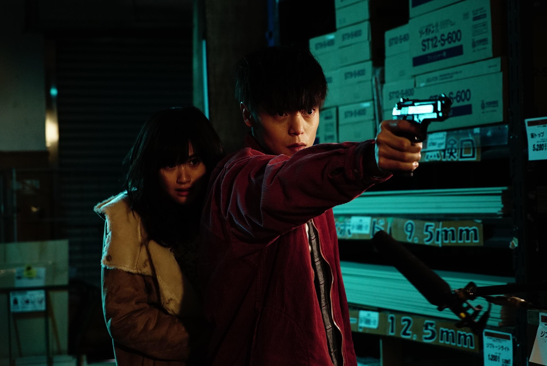 """""""First Love"""": Takashi Miike regresa en un filme lleno de gore, violencia y comedia negra"""