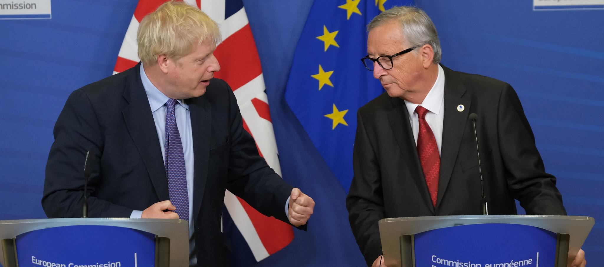 Brexit: Bruselas y Londres ponen nuevo acuerdo sobre la mesa y esperan por el apoyo de Westminster