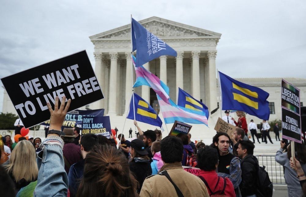 ¿Un trabajador puede ser despedido por ser gay o trans? La decisión está en las manos de la Corte Suprema de EE.UU