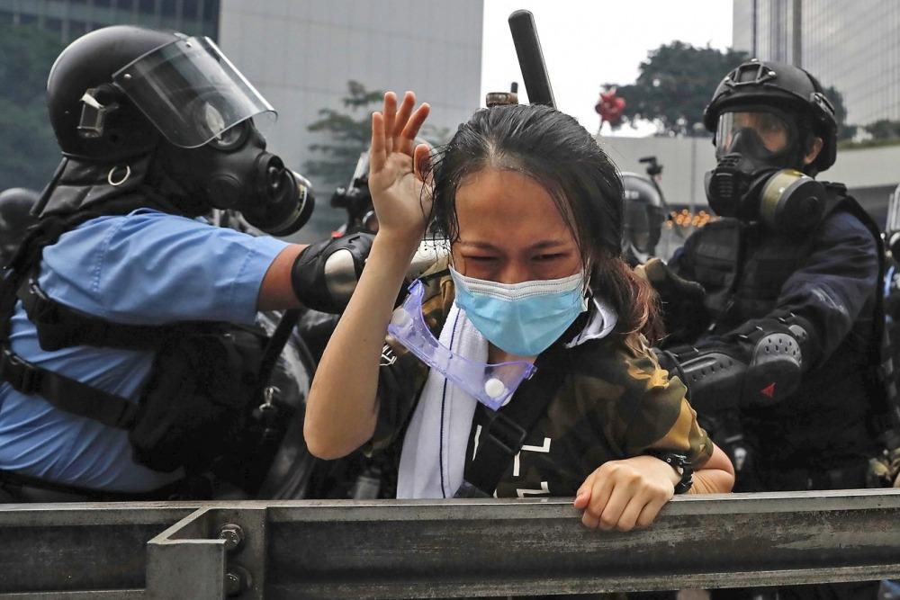 Arrestaron a 750 niños durante protestas en Hong Kong y los manifestantes siguen en las calles