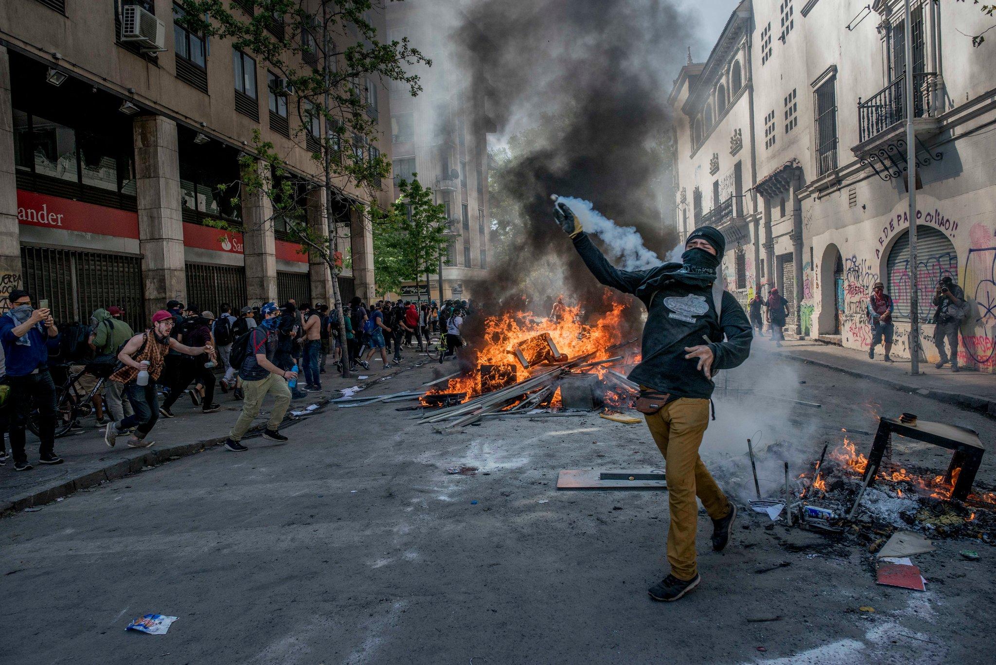 Todo lo que necesitas saber acerca de lo que sucede en Chile