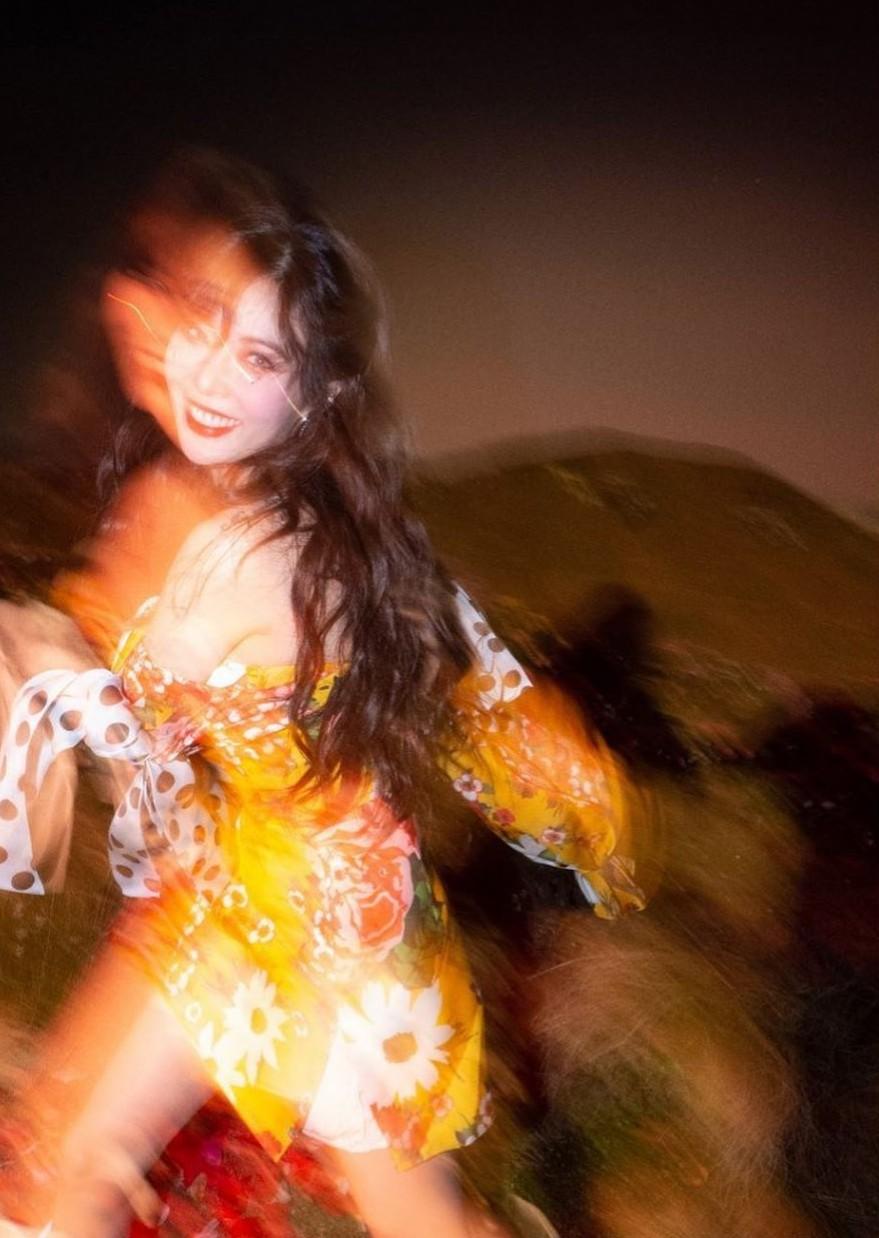 MOR.BO RIOT: HYUNA, la queen del K-pop que seduce con bangers llenos de empoderamiento femenino