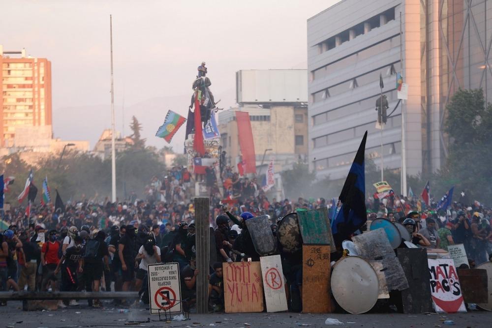 Chile: Gobierno y la oposición podrían acordar plebiscito y cambios en la Constitución