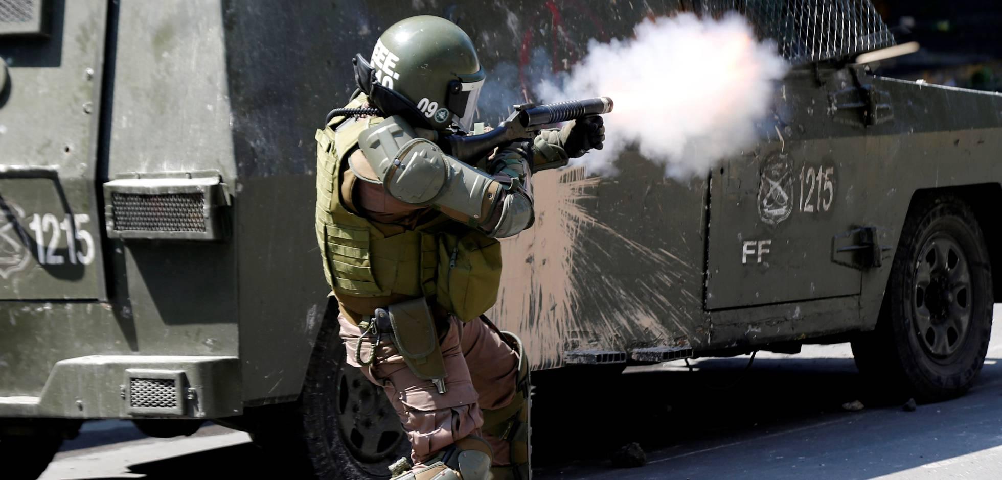 INDH demanda a Carabineros por golpear a otra Carabinera que iba de civil