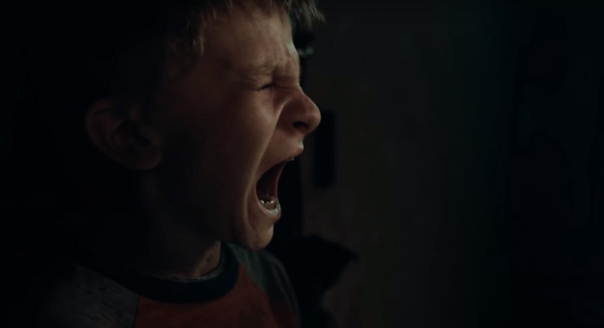"""""""Antlers"""": El nuevo trailer de este thriller de horror revela el misterioso monstruo de Guillermo Del Toro"""