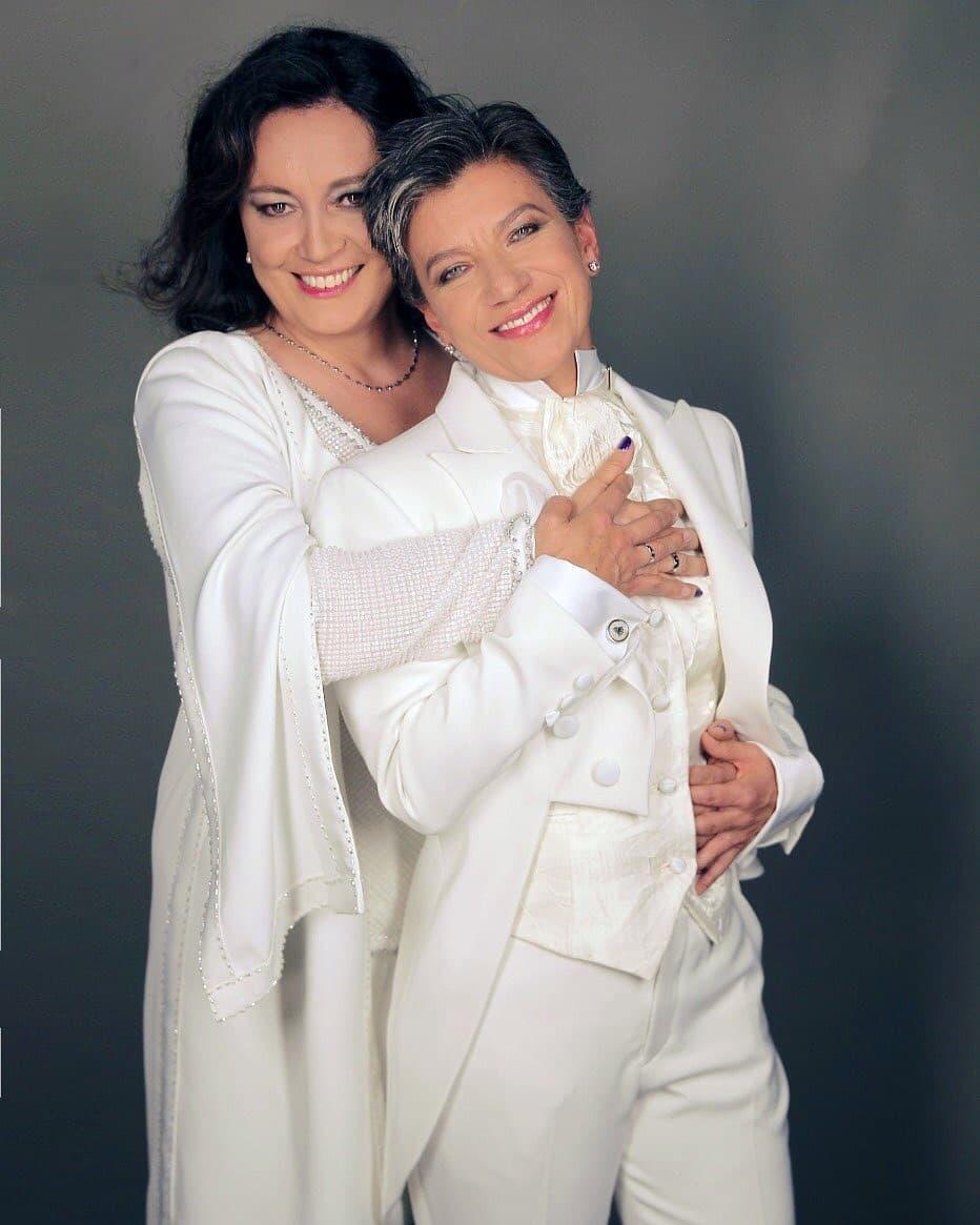 Colombia: Claudia López, la alcaldesa de Bogotá, se casa con la senadora Angélica Lozano