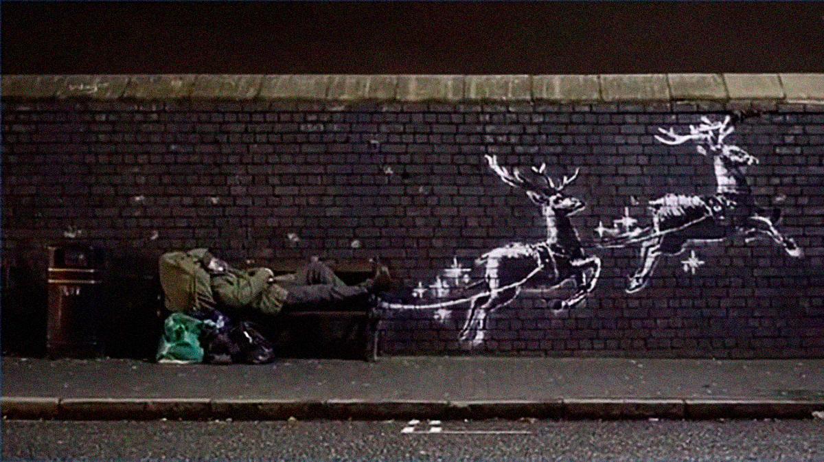 """""""God bless Birmingham"""": El nuevo mural con el que Banksy denuncia la falta de viviendas"""
