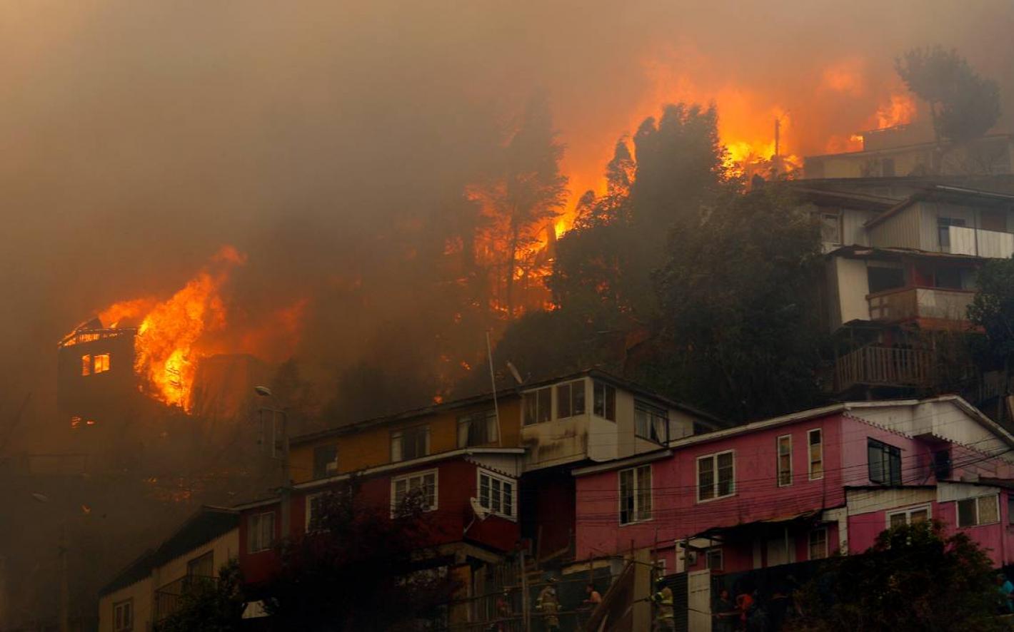 Chile: Investigan a los responsables del incendio de Valparaíso que arrasó con más de 245 hogares