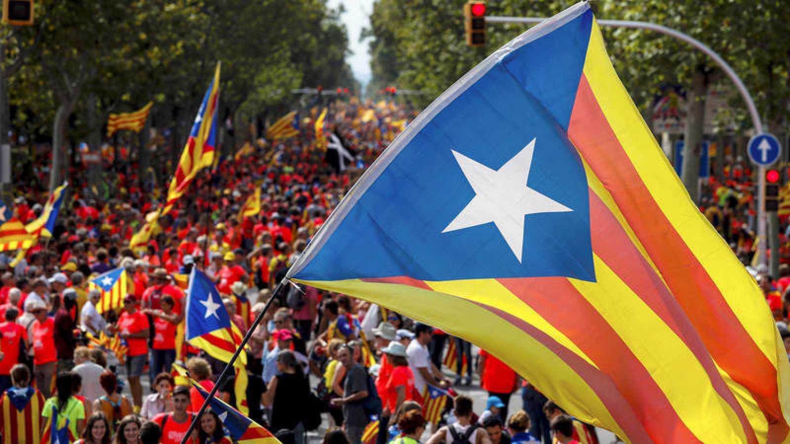 España: Iniciarán consulta entre independentistas y Gobierno sobre el futuro de Cataluña
