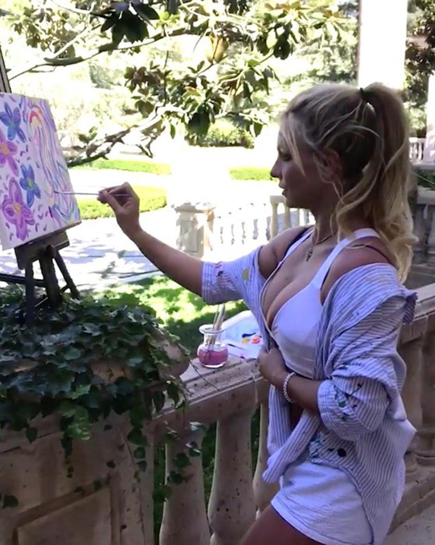 Britney Spears tendrá su primera muestra de arte en una galería francesa