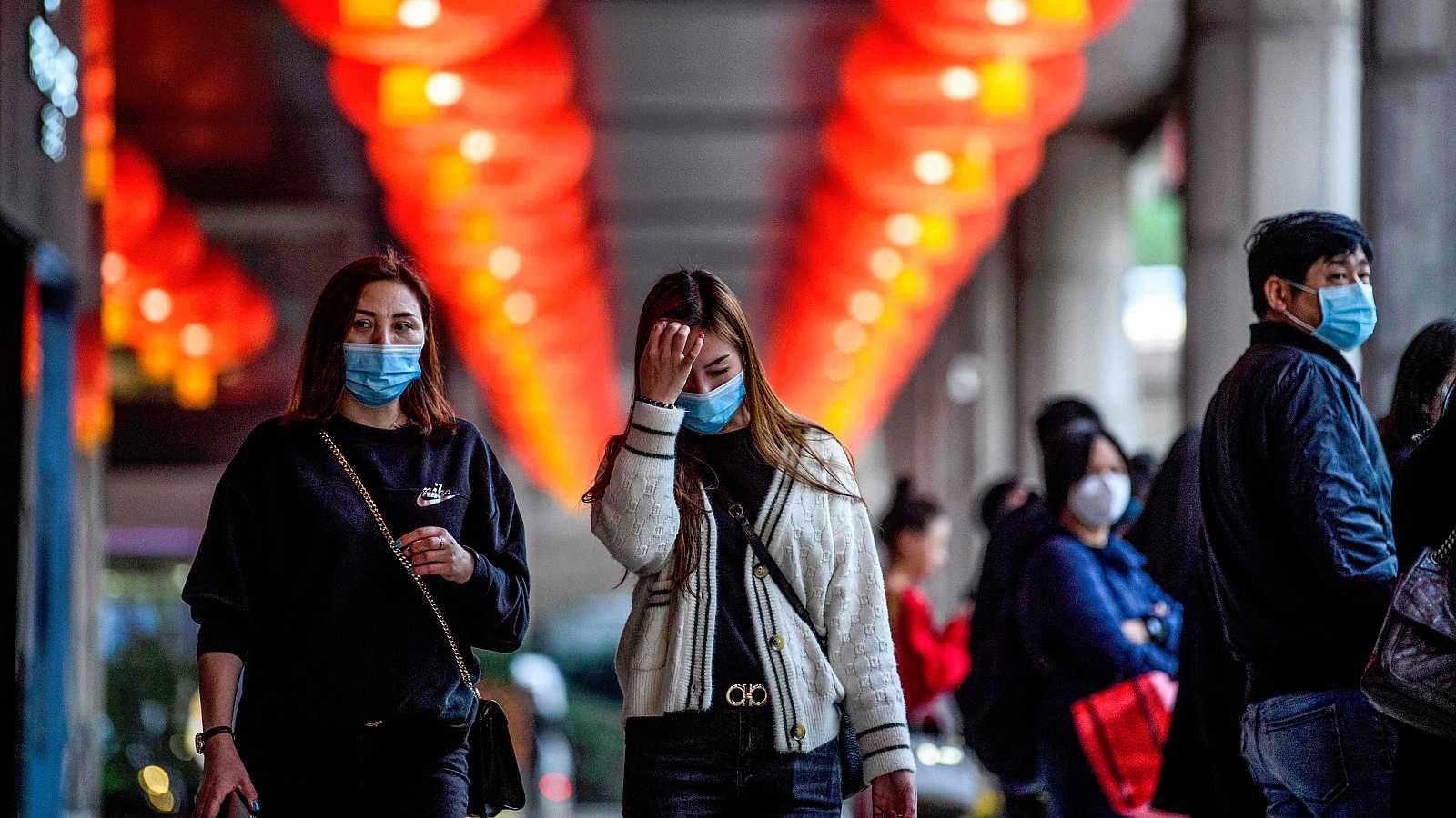 China advierte de que la capacidad de contagio del coronavirus se hace más fuerte