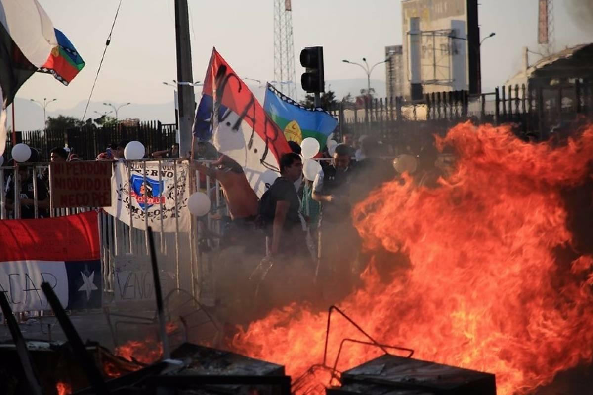 Crisis en Chile: Manifestantes salen a la calle para protestar la muerte del hincha Jorge Mora