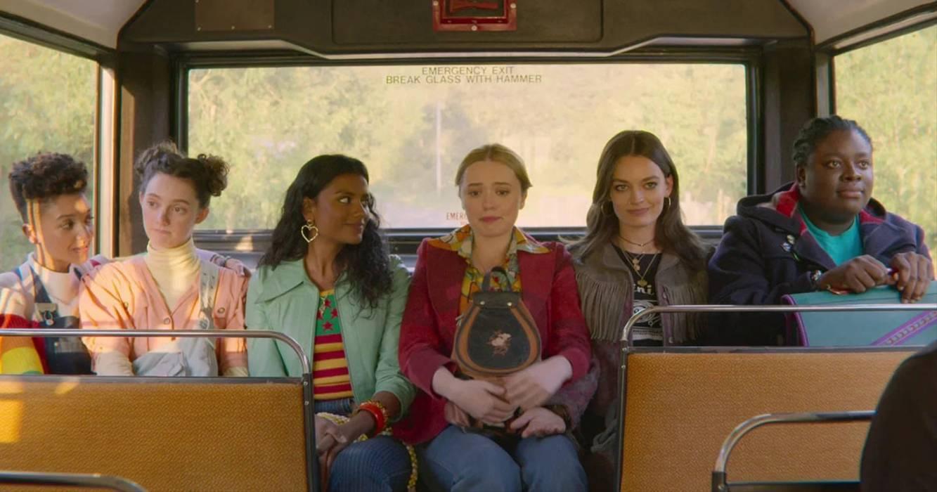 """""""Sex Education"""" nos enseña sobre la cruda realidad de un abuso sexual en el transporte público y cómo enfrentarlo"""