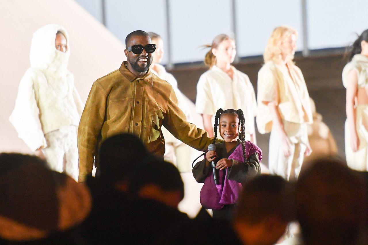 """Kanye West: """"Dejé de hacer merch porque no lo consideraba desafiante"""""""