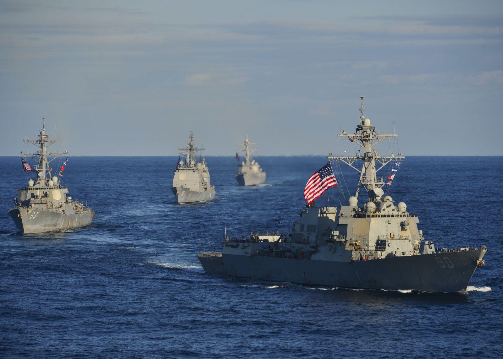Trump anuncia que EE.UU. desplegará buques antidrogas cerca de Venezuela