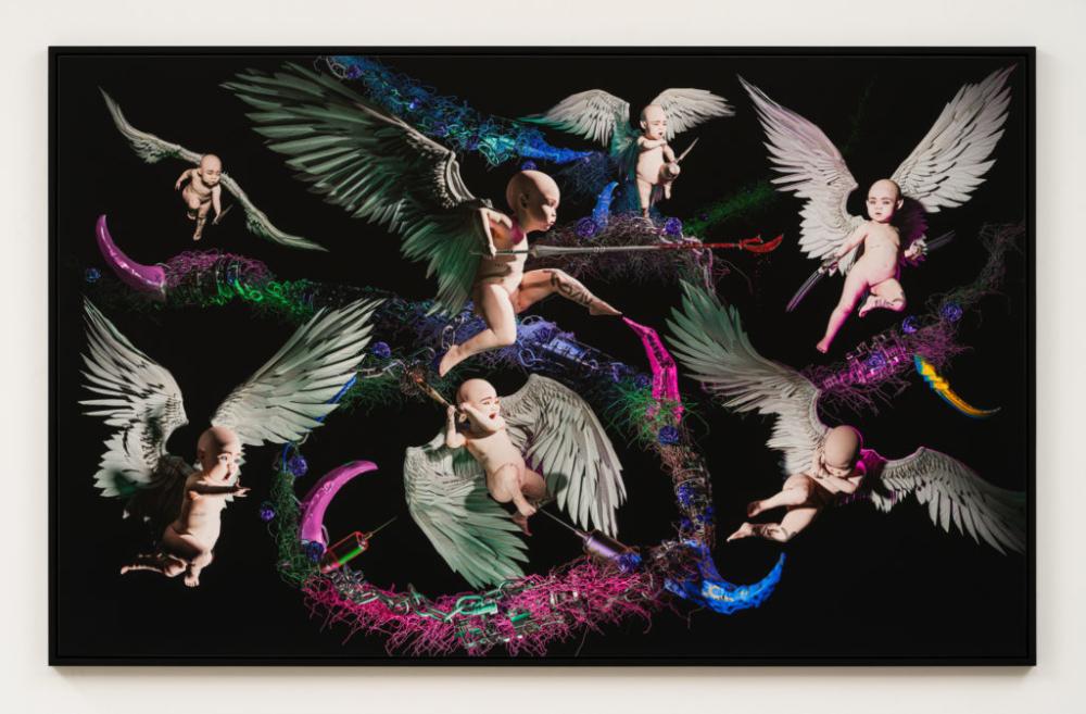 Grimes venderá una parte de su alma en su nueva exhibición artística